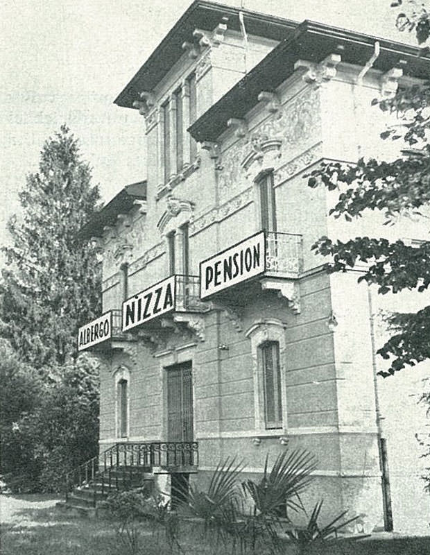 Black and white Hotel Nizza in the past