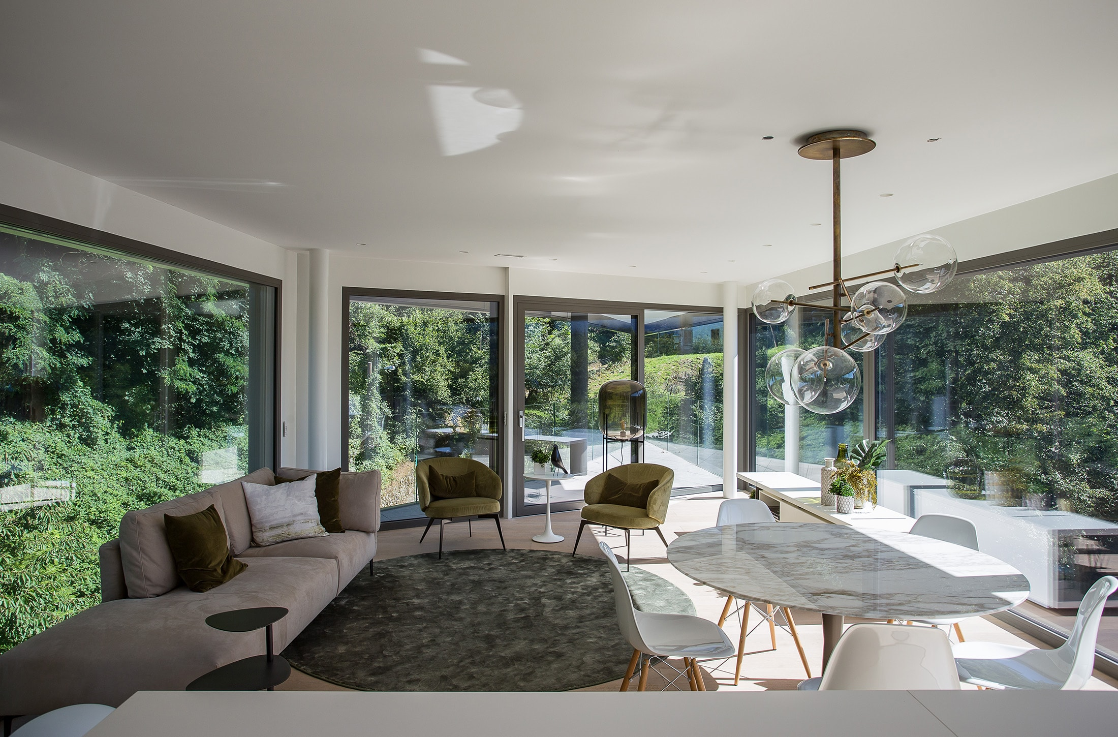 Dimora innovativa e di design Lugano Ticino Svizzera livello 4 con vista parco