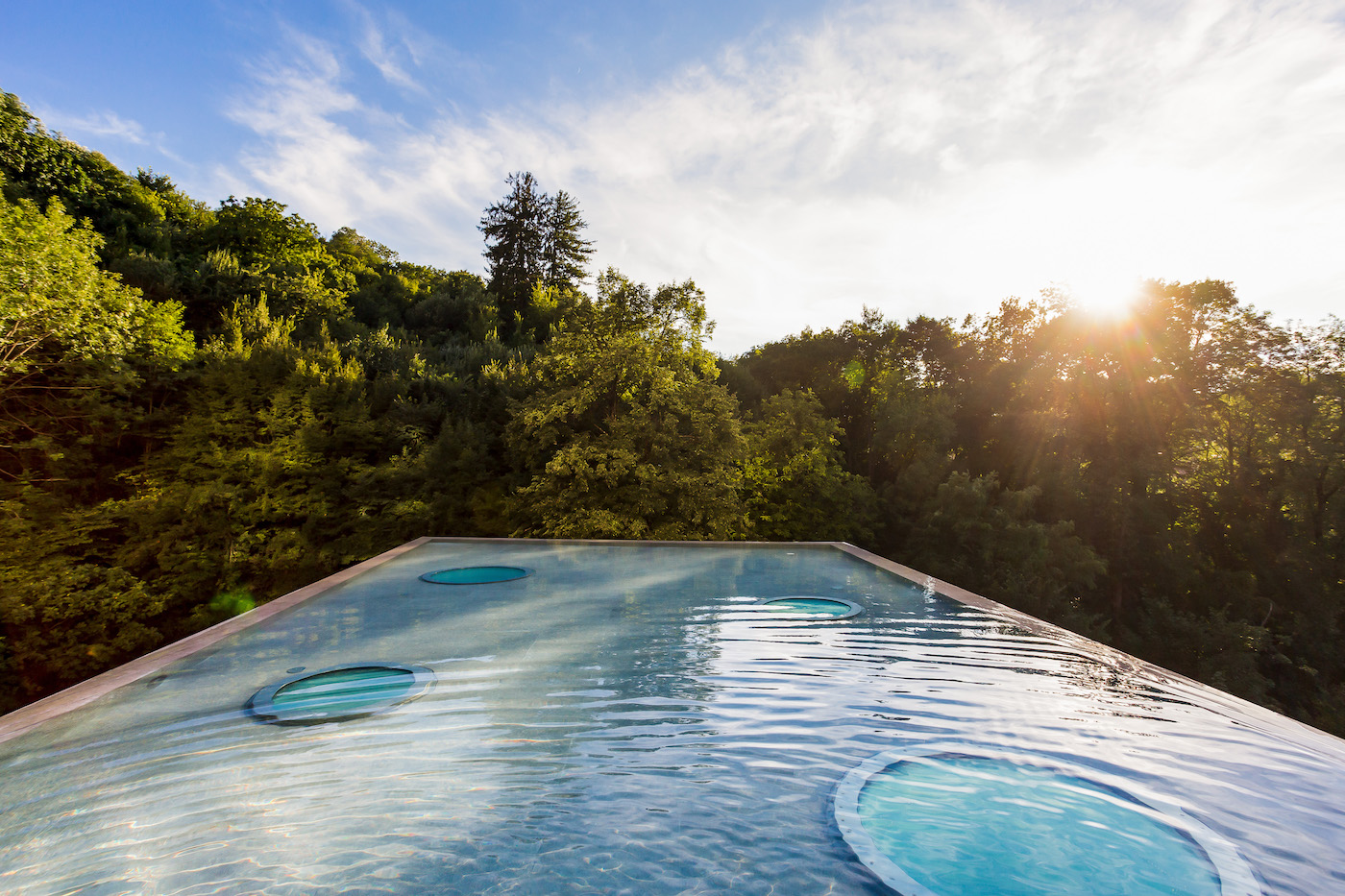 Appartamenti lusso Lugano Ticino Svizzera Piscina a sfioro tetto