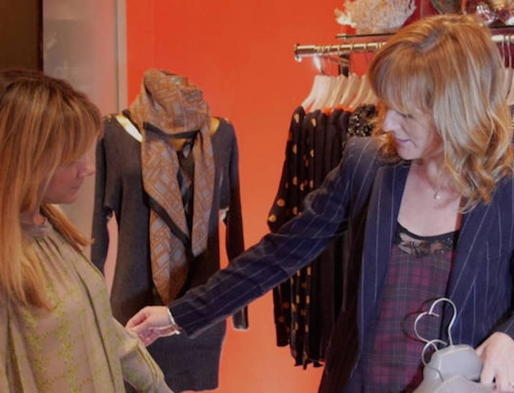 Lisa Gillbe, la personal stylist e shopper della upper class d'Oltremanica